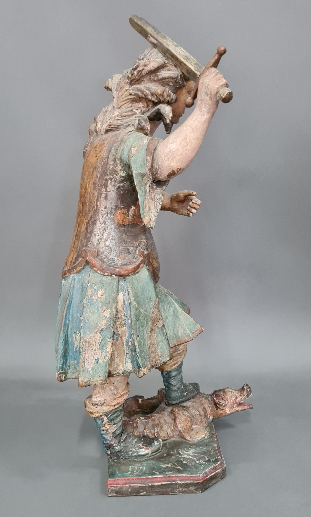 Holzskulptur Erzengel Michael mit Sockel, Süddeutsch um 1800,-9