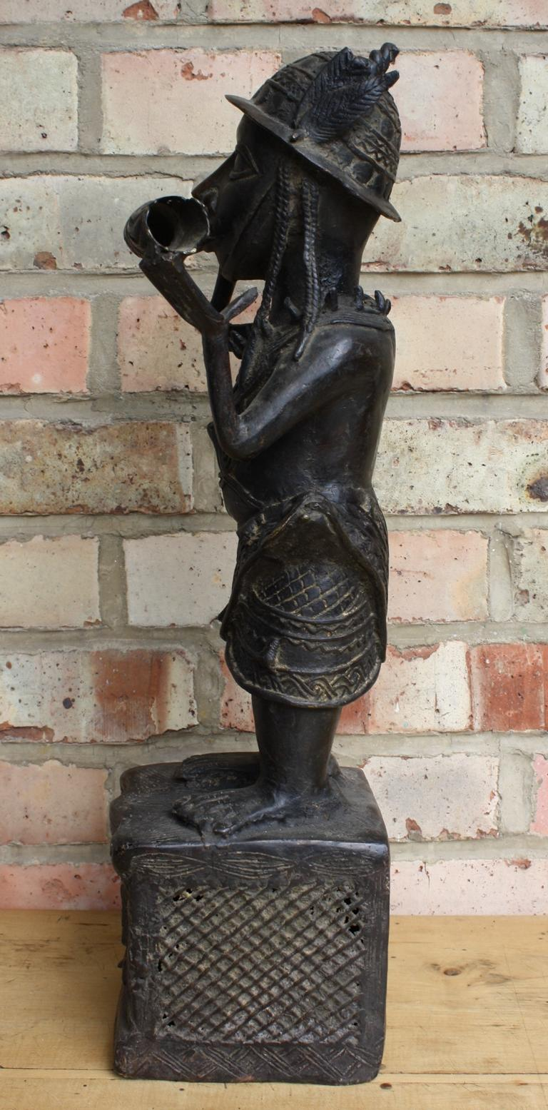 Benin Bronzefigur,  1. Hälfte 20. Jh.-5